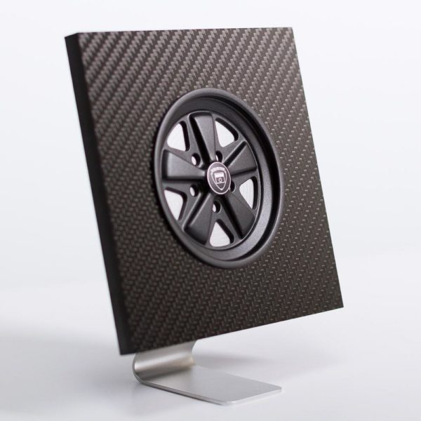 Black Fuchs inspired wheel in carbon fibre display